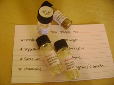 aromatherapytravelkit01
