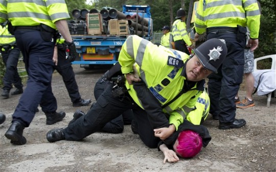 balcombe-arrest-pi_2630080b