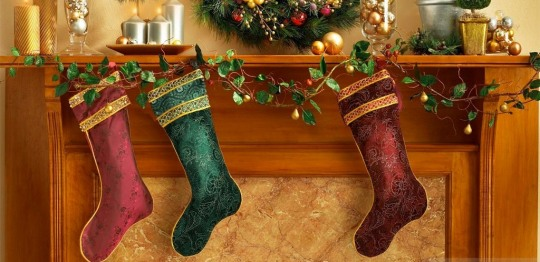 wonderful-christmas-stockings-wallpapers-1024x768