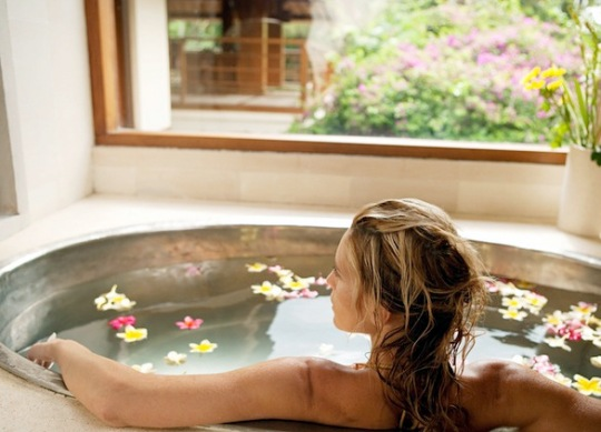 woman-detox-bath-recipes