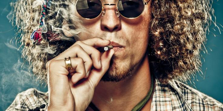 MARIJUANA-SMOKING-facebook