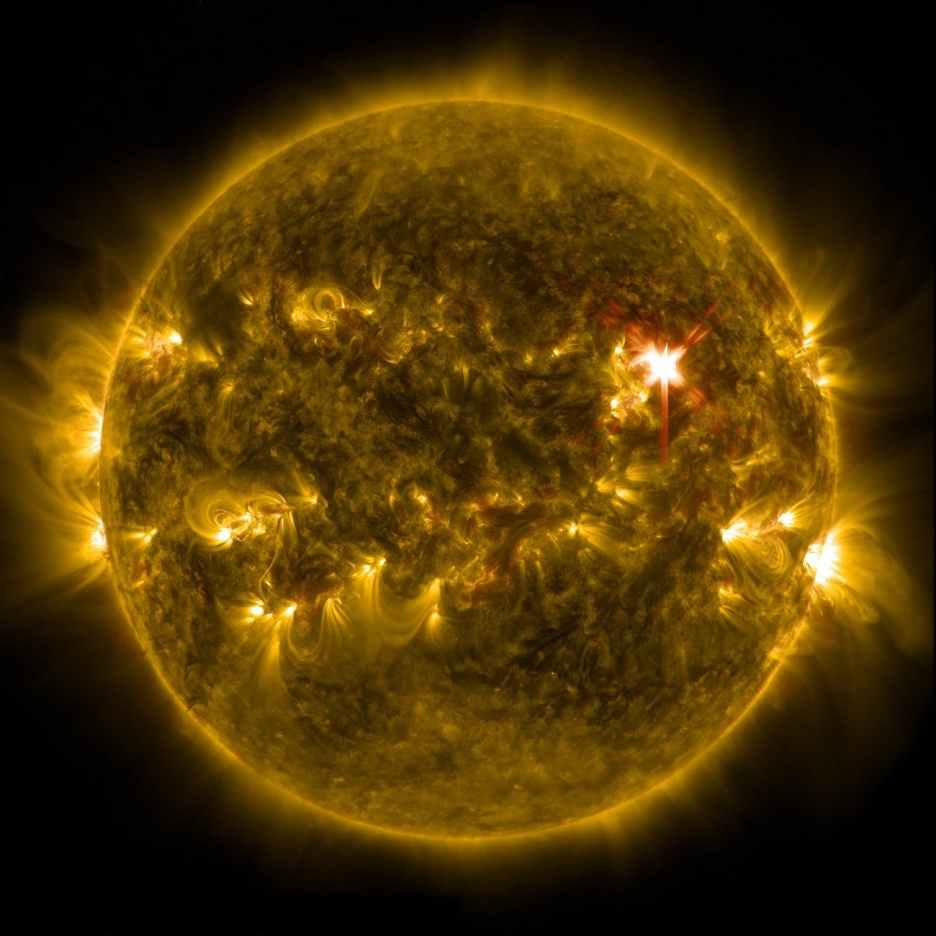 solar-flare-sun-eruption-energy-39649.jpeg